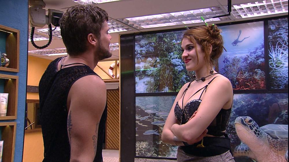 BBB18 Ana Clara revela se arrepender de ter ficado com Breno