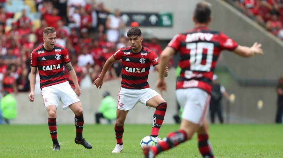 TV Globo exibe Sport x Flamengo ao vivo nesse domingo, 18, para o Rio de Janeiro e outras regiões do país - Foto/Montagem