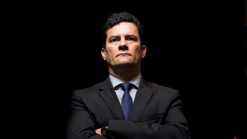 Sérgio Moro surpreende ao comentar processo de Lula e diz que tríplex é ponta do Icebert em entrevista à Isto É - Foto/Montagem