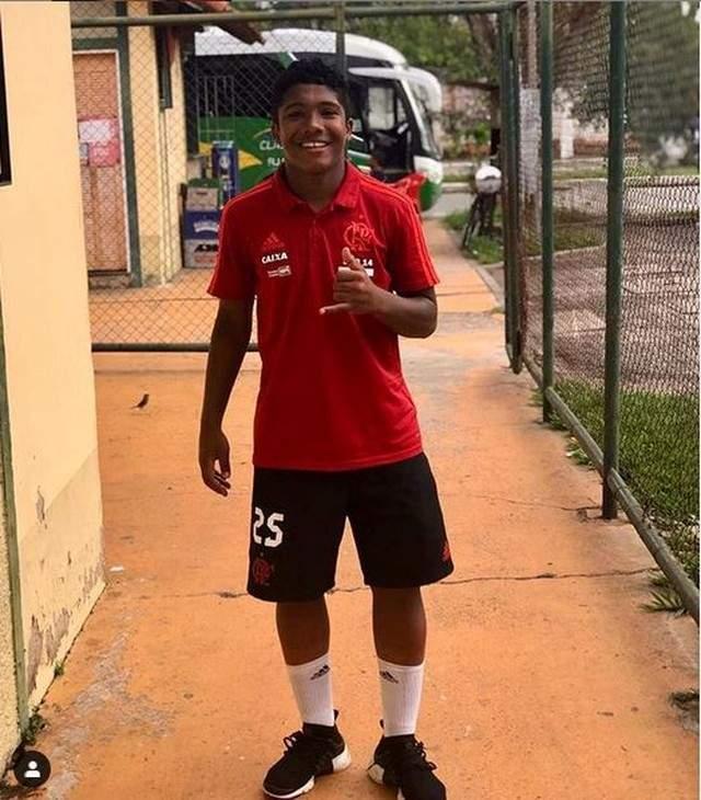 Vitor Isaias, vítima do incêndio.Foto/Reprodução