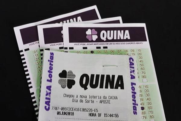 Confira os números da Quina concurso 5286 desta quarta-feira, está acumulada em 11 milhões para quem acertar as dezenas sorteadas. Foto - Agora na Mídia