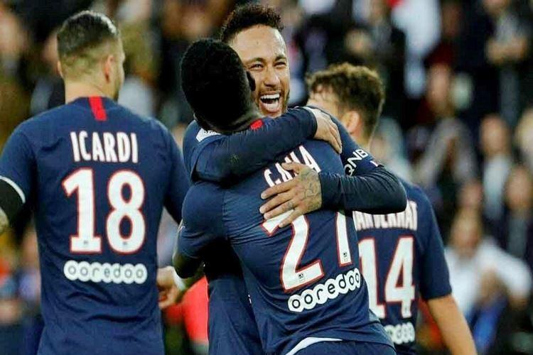 Paris Saint-Germain e Lyon se enfrentam nesta sexta-feira, 31 de julho, às 16:15h, (de Brasília) pela final da Copa da Liga da França, veja onde ver o jogo ao vivo.